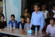 vietnam assists relocated vietnamese cambodians at tonle sap lake spokesperson