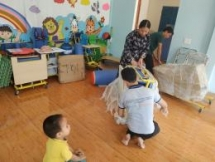medipeace hands over equipment to 8 rehabilitation rooms for disabled children in quang tri