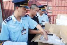 vietnam customs supplying face masks on aircraft on exit