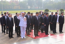 top chinese leader pays tribute to late president ho chi minh