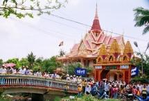 tra vinh builds khmer cultural tourism village