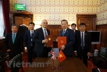vietnam uk ink mou on anti human trafficking cooperation