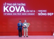 western guy who collect trashes wins kova prize 2018