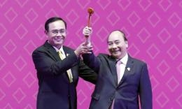 Vietnam takes over ASEAN chairmanship from Thailand
