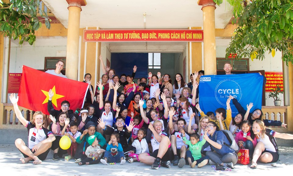 Cycle4plan: Dutch sponsors raise funds for children in Vietnam