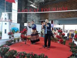 Vietnam-China border trade fair underways in Lao Cai