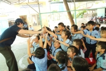 vcf repsol vietnam renovate library and encourage reading habits for students