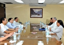 Vietnamese Cuban parties boost information-education cooperation
