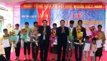 Quang Tri: Lao nationals receive Vietnamese citizenship