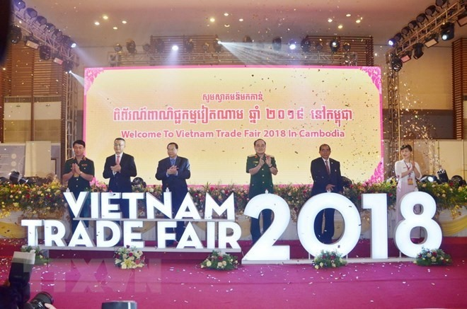 VN, Cambodian trade fair in Dak Nong