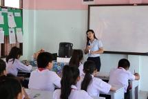 Special Vietnamese class in Laos
