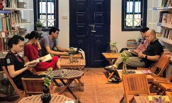 'Zero-VND charity combination' in the heart of Hanoi