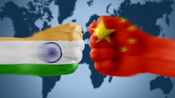 china indias border clash starts media war