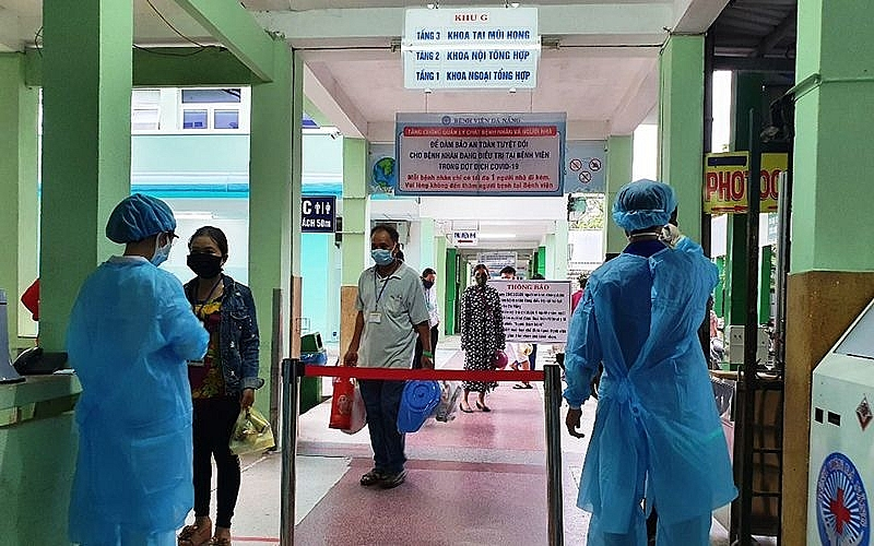 vietnam covid 19 updates august 5 two new cases in quang nam 24 patients with severe prognosis